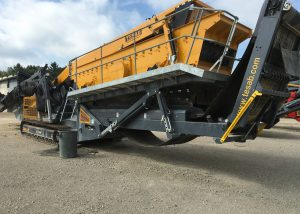 2016 Tesab 2600 Screener